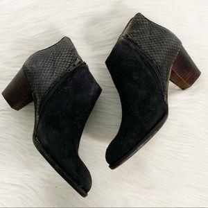 Vionic | Bromley Black Leather Heeled Booties 6